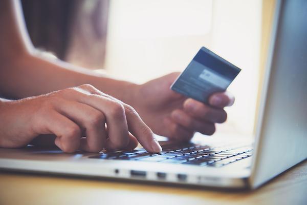クレジットカードの審査で落ちる理由とは?