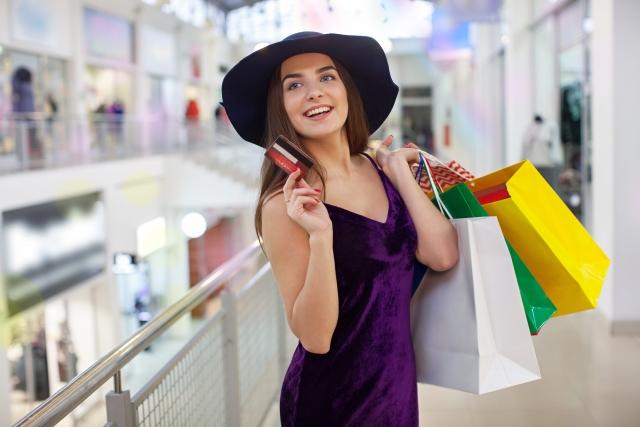 クレジットカードの使い過ぎには注意!ショッピング枠とキャッシング枠